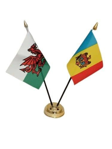 Moldova with Wales Friendship Table Flag
