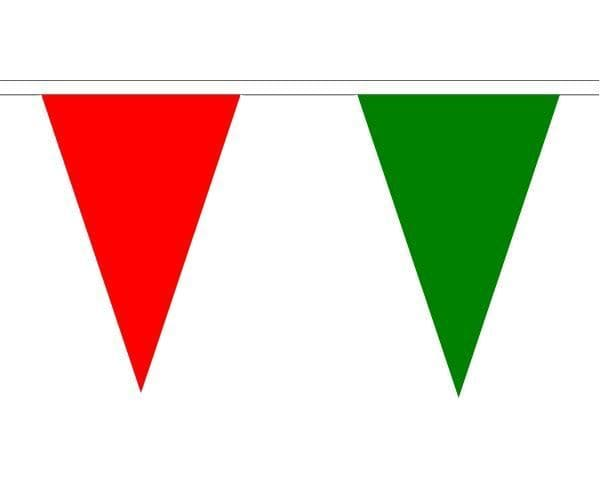 Red & Green Triangle Bunting (5m) - 12 Flags