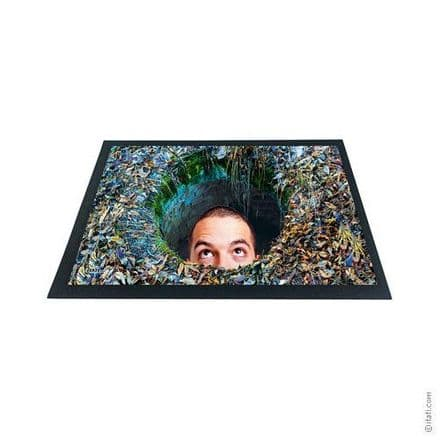 3D-Effect Novelty Doormat - Man in the Hole
