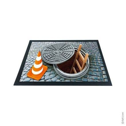 3D-Effect Novelty Doormat - Open Manhole