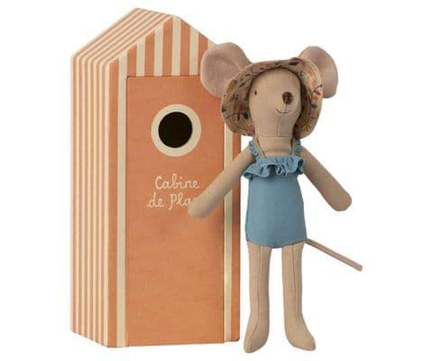 Beach mouse - mum in cabin de plage