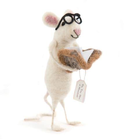 Bookworm felt mouse