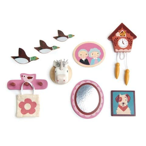 Dolls house wall decor set