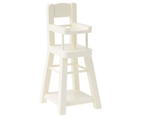 High chair for brother and sister mouse