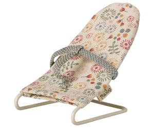 Maileg baby mouse bouncer chair