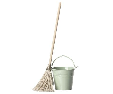 Maileg bucket and mop