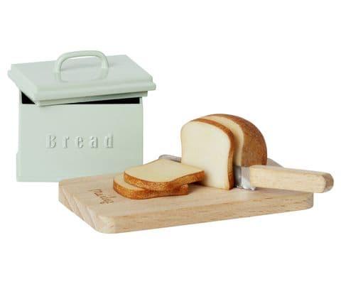 PRE-ORDER bread bin, board & knife