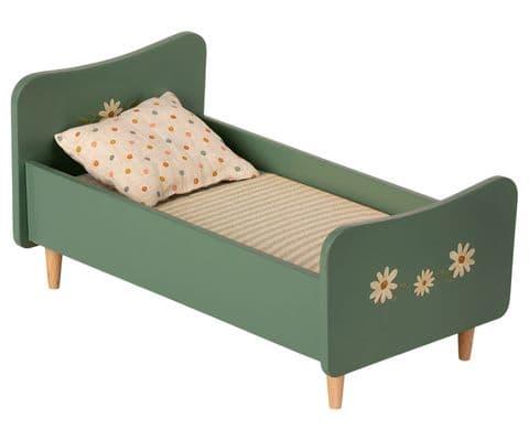 Wooden bed - mint blue