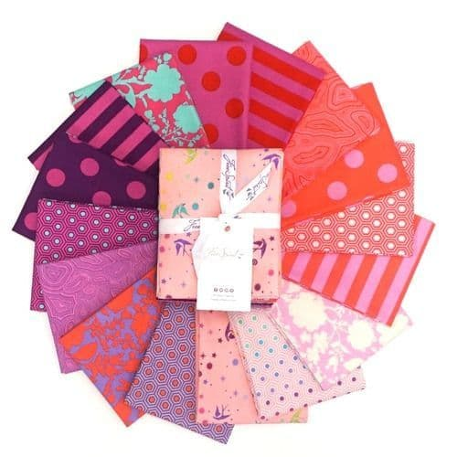 Tula Pink - True Colours - Fat Quarters Bundle - Flamingo