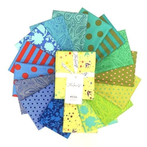 Tula Pink - True Colours - Fat Quarters Bundle - Starling