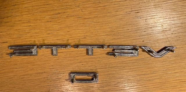 1961 -1962  ' V E T T E '  only  front  panel Letters GM OEM very nice for their age