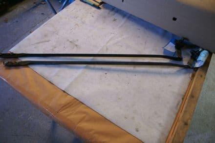1984-1996 Corvette Wiper Motor Transmission Long  Right Hand Arm GM Used