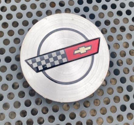 1986  C4 Corvette ,Centre Cap W/Emblem, bright metallic  ,GM 14046926,Used nice
