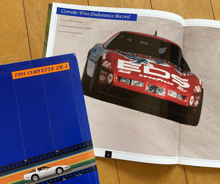 1991 Corvette C4  ZRI  LT5 22 -page   Brochure rare ,   with Cutaway and Fort Stockton Record