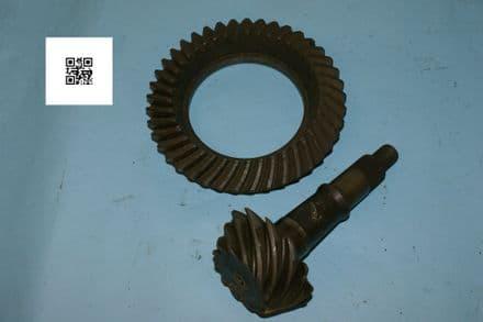 "Chevy 10- bolt, 8.5"" Ring 3984831 & Pinion 3984832, Used Fair"