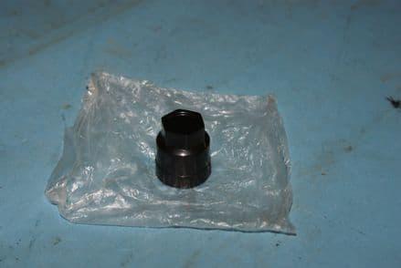 Universal Corvette 27 mm Black Wheel Nut Cap, New, Box B
