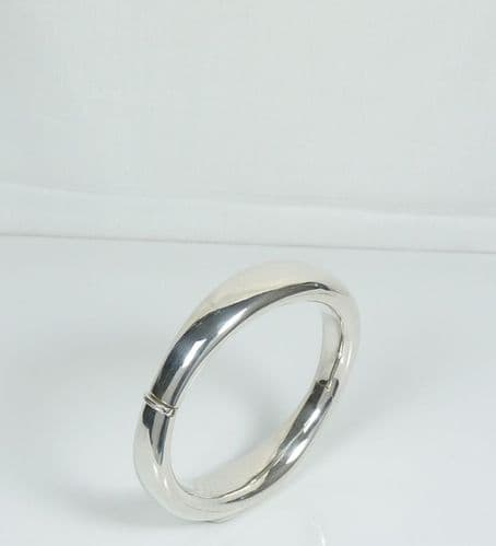 925 Sterling Silver Hand Crafted Hinged Oval Bangle That Opens