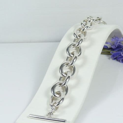 925 Sterling Silver Hand Crafted Solid Oval Link Bracelet With T BarFastener.
