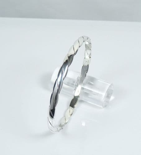 925 Sterling Silver Solid Twisted Bangle