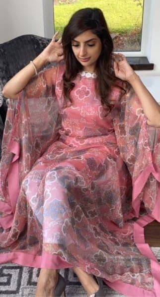 Zariya Pink Shimmer Georgette Kaftan